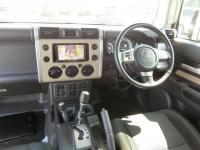 Toyota FJ CRUISER 2011
