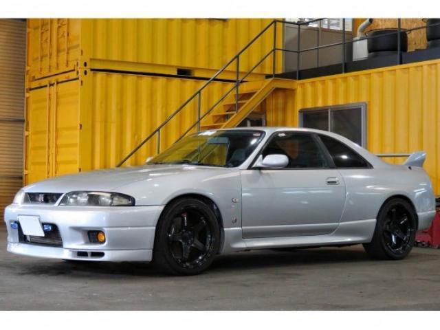 Nissan SKYLINE 1996